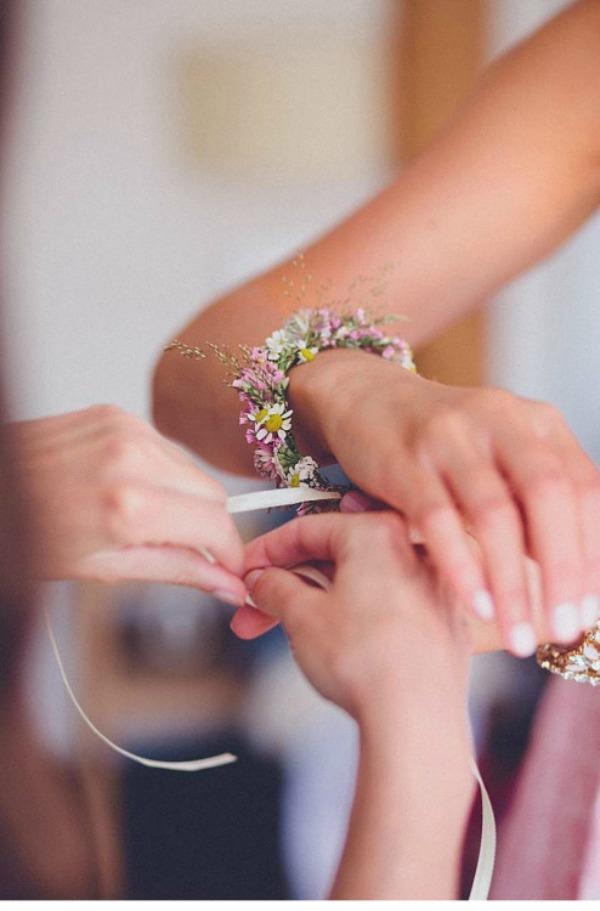 floral bracelet plum pretty sugar. Black Bedroom Furniture Sets. Home Design Ideas