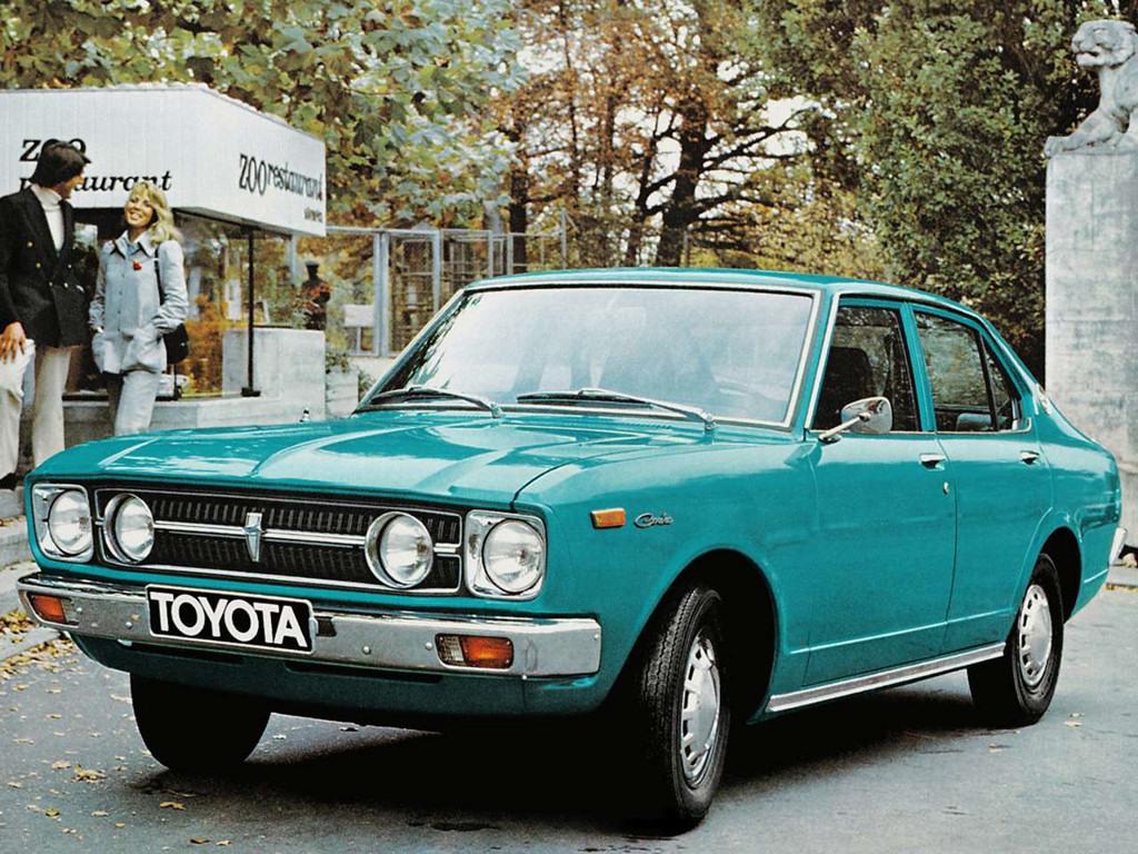 Toyota carina 4 door eu 1972