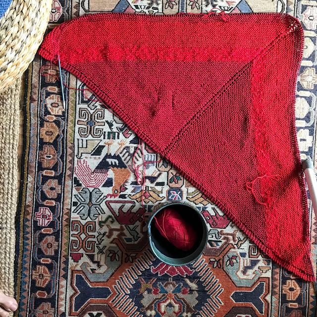 rödsjal, redshawl, stickning, knitting, bomullsgarn