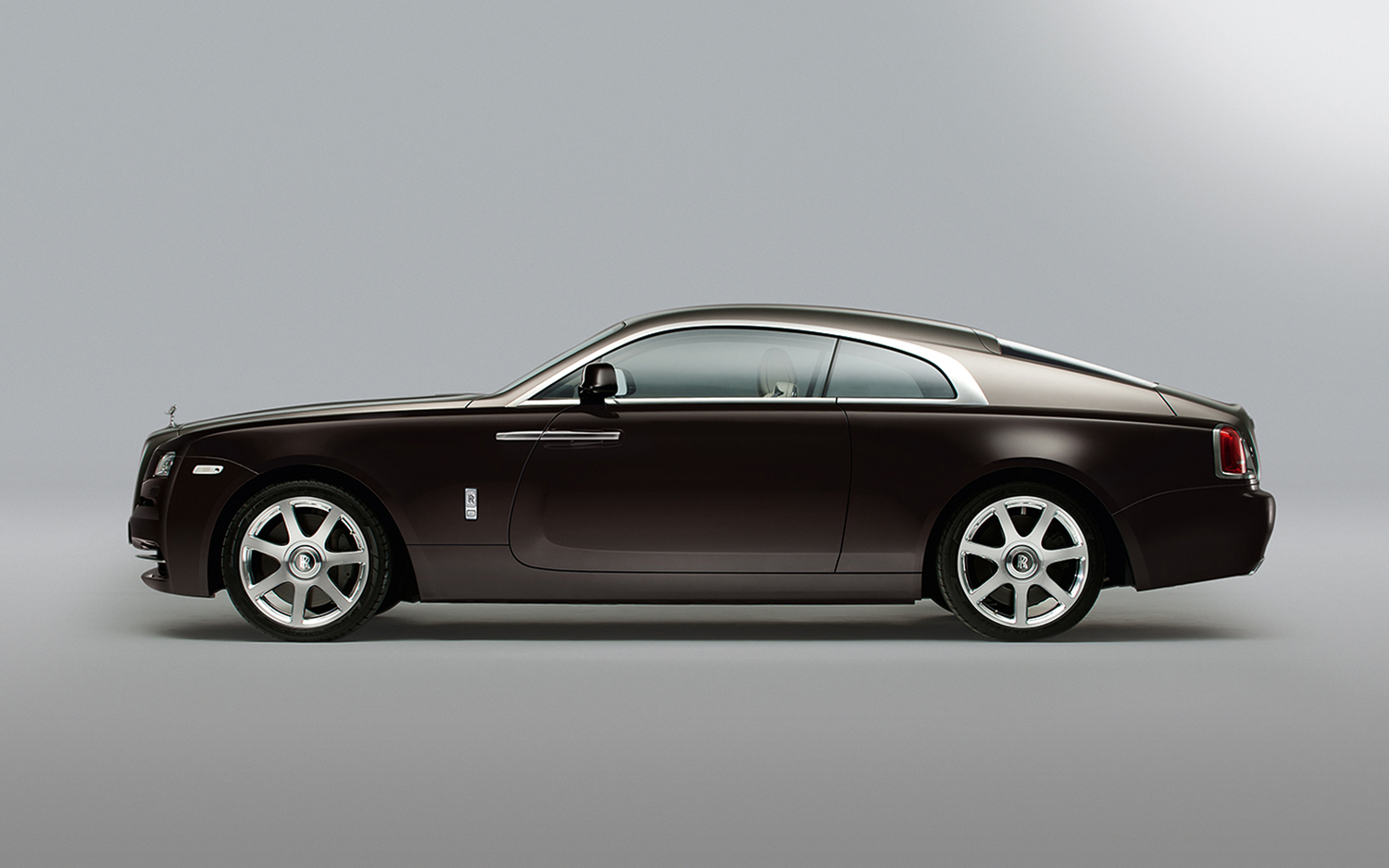 rolls royce wraith first look new cars reviews. Black Bedroom Furniture Sets. Home Design Ideas