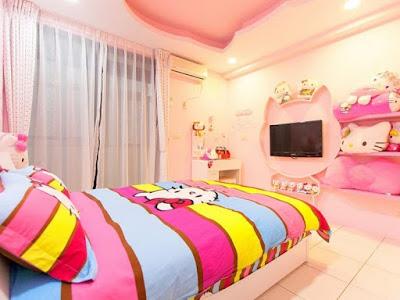 Desain Cantik Kamar Tidur Hello Kitty