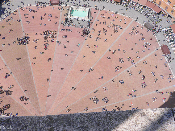 Piazza del campo en Siena, una ciudad de la Toscana