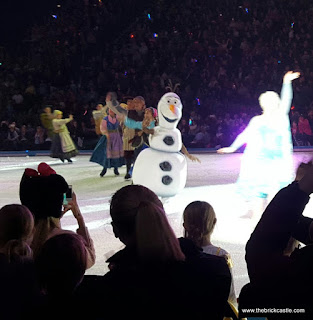 Disney On Ice 2015 Olaf tour Arendelle Frozen Snow