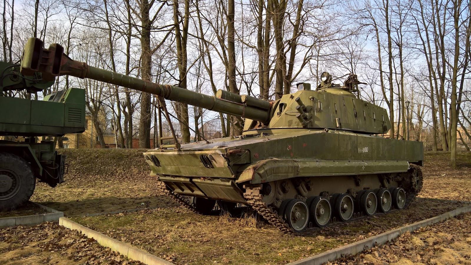 Надувная Армия-2019 и другие сказочные вооружения