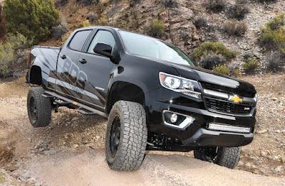 Chevrolet Colorado off road image