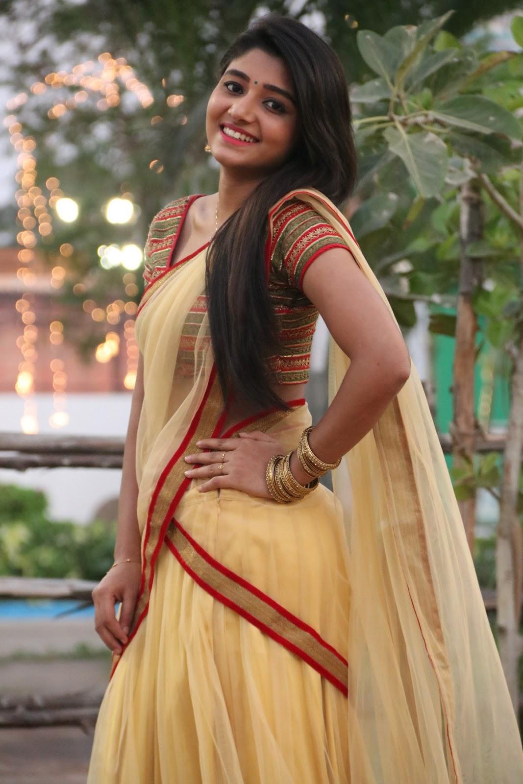 aditi menon new sizzling half saree stills-HQ-Photo-7