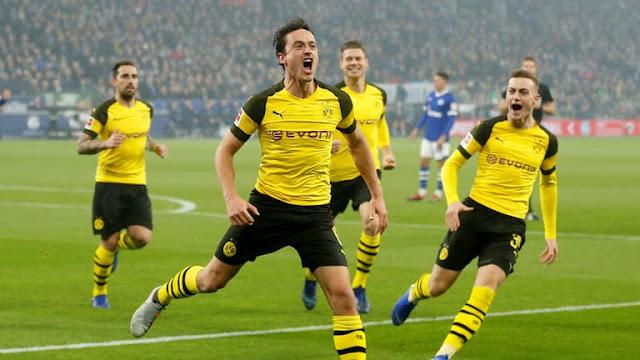 """El Dortmund gana el derbi del """"Ruhr"""" y lidera la Bundesliga"""