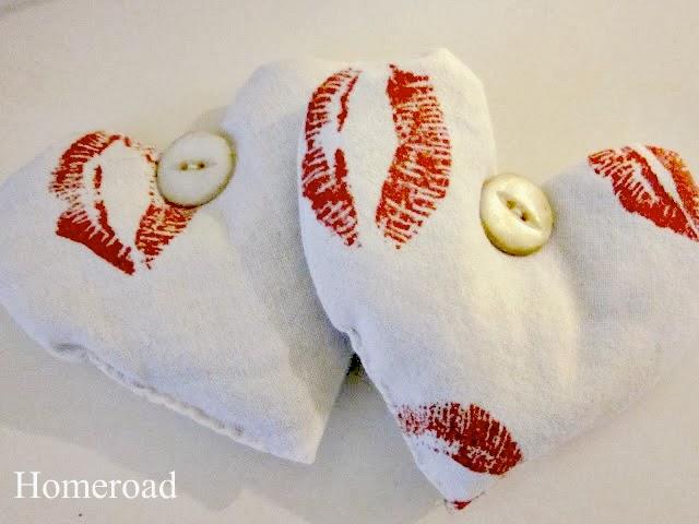 DIY Lavender Heart Sachets . Homeroad.net