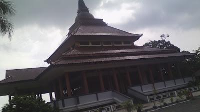 Vihara Buddhagaya Watugong Semarang