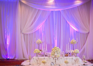 Curtain / drapes wedding decor2
