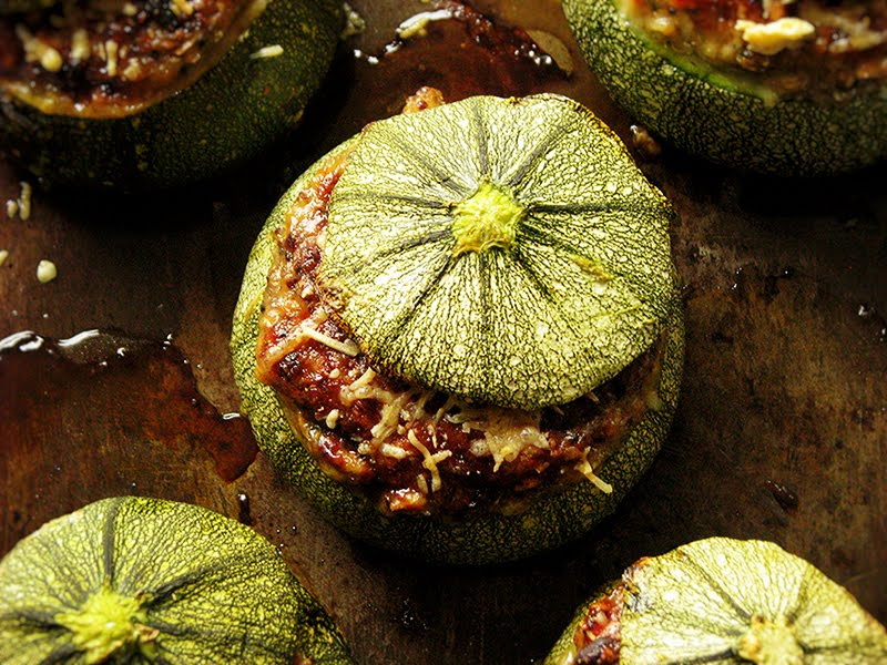 courgettes farcies bio vegetariennes recettes bio et fait maison le carnet sur l 39 tag re. Black Bedroom Furniture Sets. Home Design Ideas