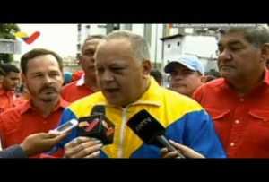 Cabello, a Guaidó: Que trate de inscribirse en un proceso electoral a ver quién manda