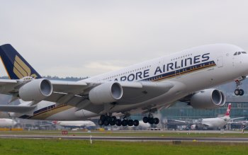 Wallpaper: Singapore Airlines Airbus A380-800