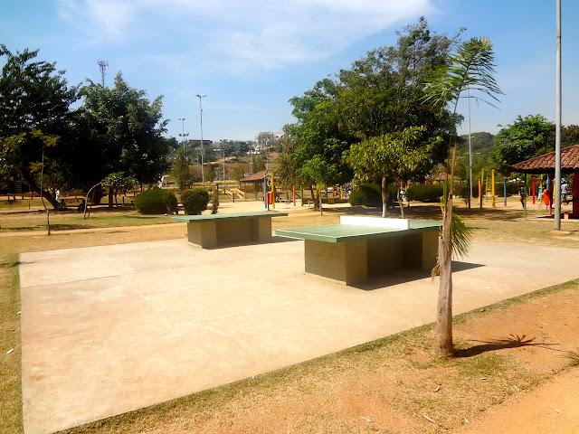 Mesa de ping pong Bosque Maia em Guarulhos