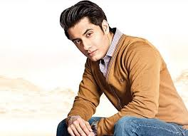 Ali Zafar Family Wife Son Daughter Father Mother Age Height Biography Profile Wedding Photos
