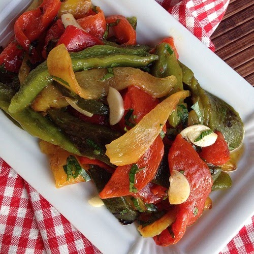 Peperonata - gegrillte Paprika in Öl und Zitrone