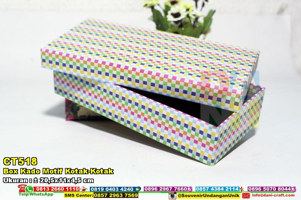 Box Kado Motif Kotak-Kotak | Souvenir Pernikahan