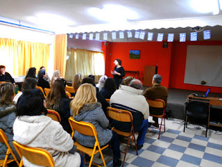 Ενημέρωση γονέων και κηδεμόνων των μαθητών του Γυμνασίου Περίστασης από τους διδάσκοντες του σχολείου.