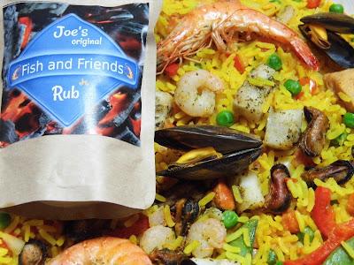 Paella mit Fish and Friends Rub