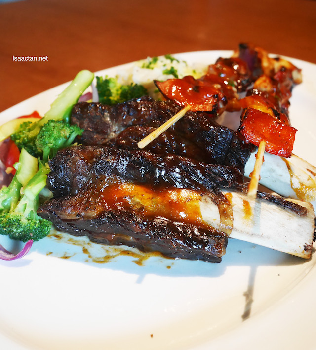 Check out those yummy Smokey beef ribs!