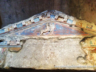 Colombario guia de roma Pomponius Hylas mito quiron - O Colombário de Pomponius Hylas
