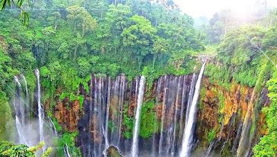 Eksotisnya objek wisata air terjun tumpak sewu dilumajang