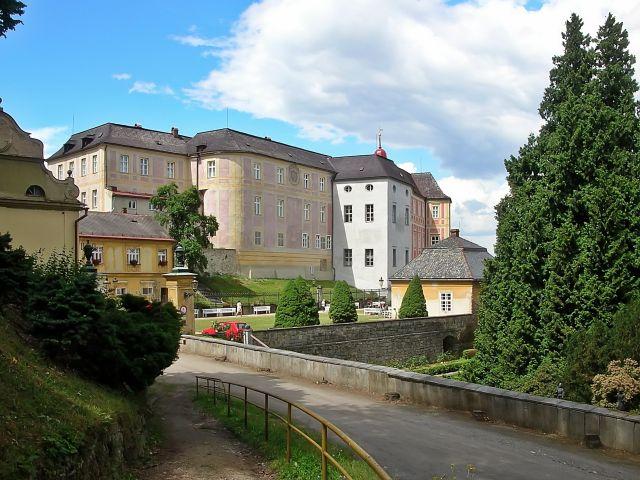 Javornik i okolice, Czechy, budynki, miasto