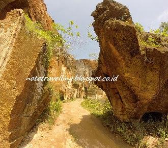 Bukit Kapur Batu Putih Sumenep Madura : Arosbaya dan Jaddih