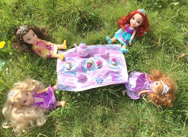 Disney Princess Toddler dolls Garden Tea Party