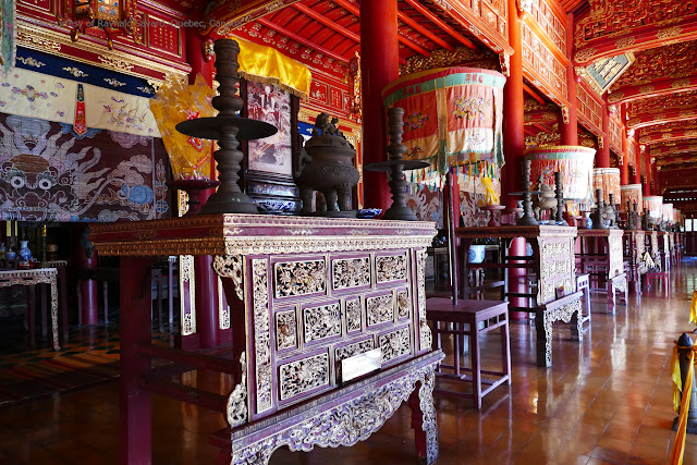 Visit Royal Citadel in Hue