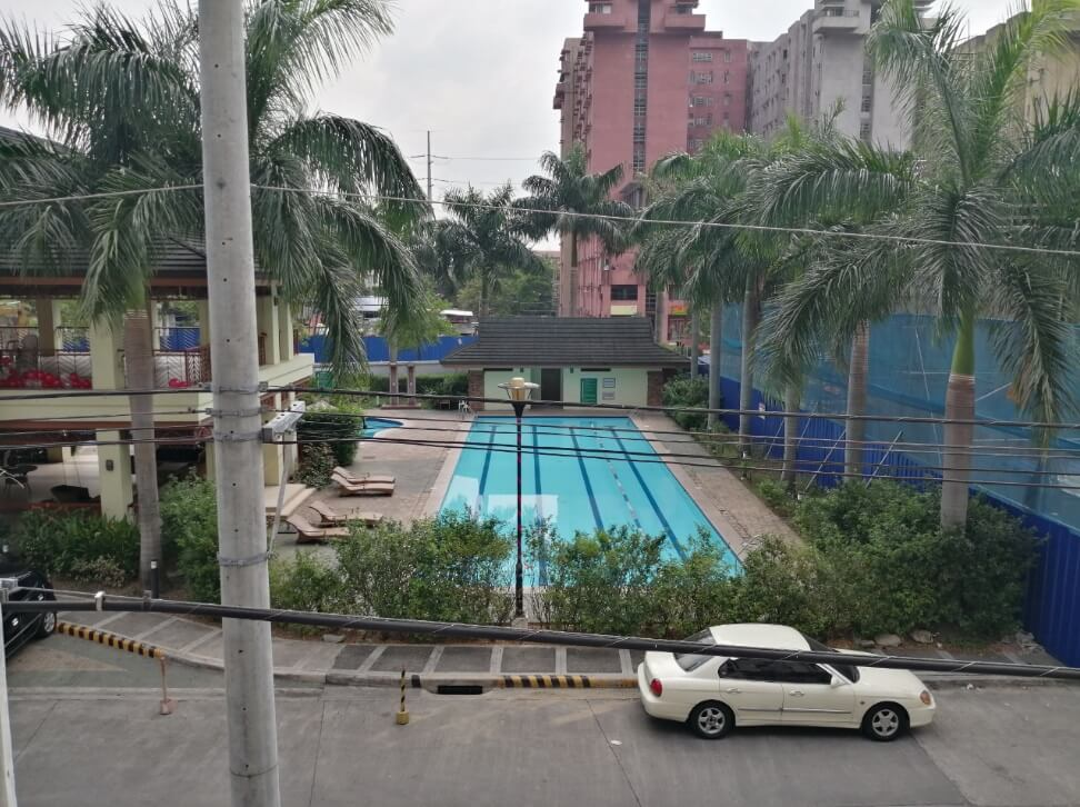 Huawei Y9 2019 Main Camera Sample - Outdoor, Pool with HDR