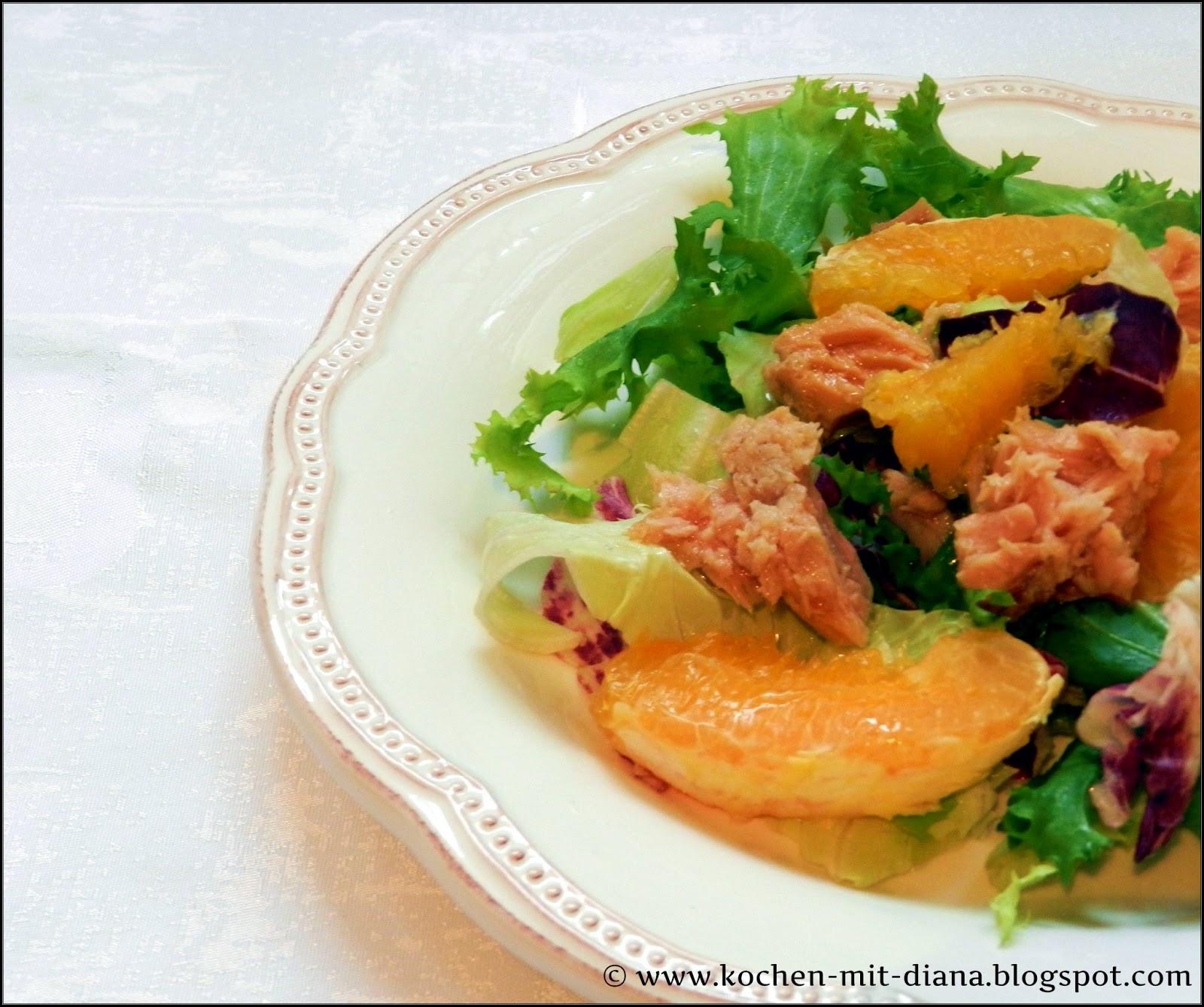 Salat mit Tunfisch und Orangen