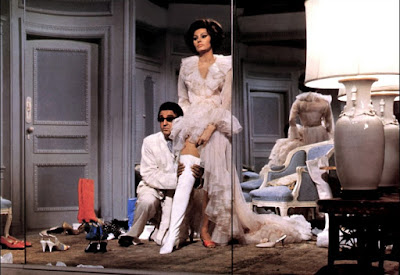 Arabesque 1966 Alan Badel Sophia Loren Image 2