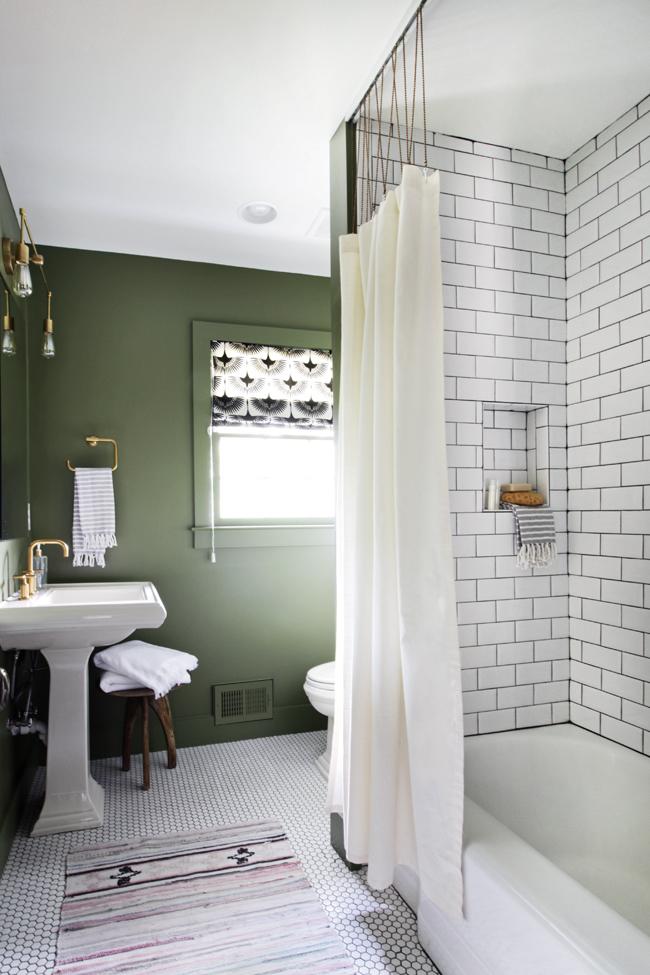 bathroom shower track with ball chain hunted interior bloglovin. Black Bedroom Furniture Sets. Home Design Ideas
