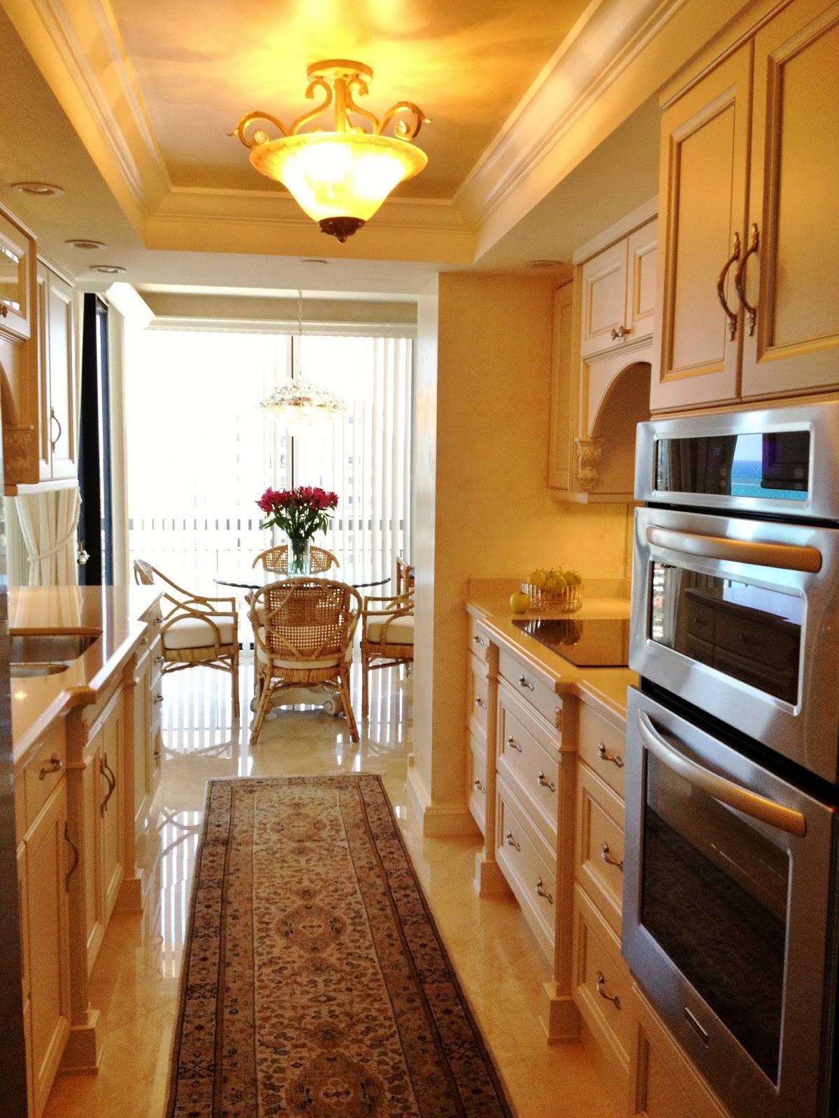 Elegant kitchen small space