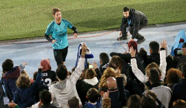 Real gặp hạn năm mới: Ramos chấn thương, Ronaldo bị 3 đại gia cám dỗ 1