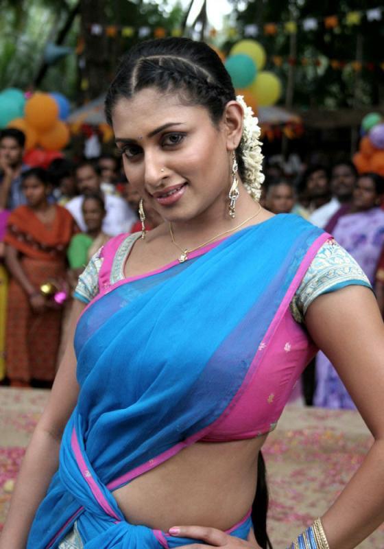 South Indian Actress Malavika Pics, Malavika Images -7650