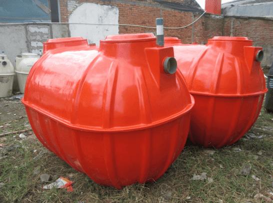 Tapi yang mungkin perlu kita ketahui adalah perbedaan dari septic tank konfensional dan septic tank bio. Jika dari namanya saja sudah beda, tentu masih ada perbedaan terpenting lainya.