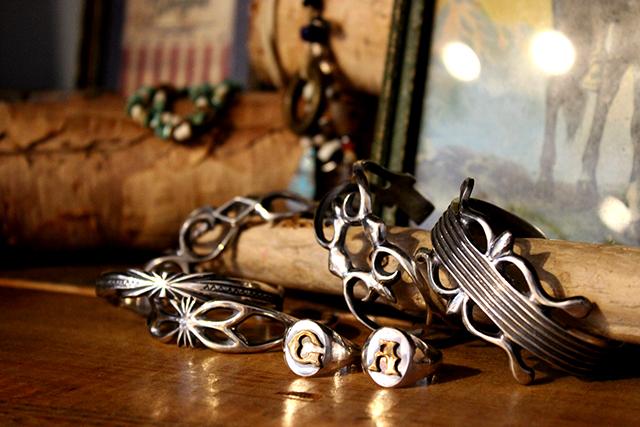 mohawkモホークsilverbanglebraceletバングルsandcastサンドキャストindianjewelryインディアンジュエリーnavajoナバホ