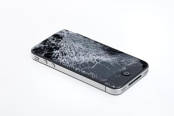 mặt kính iPhone 4s bị vỡ cần thay mới
