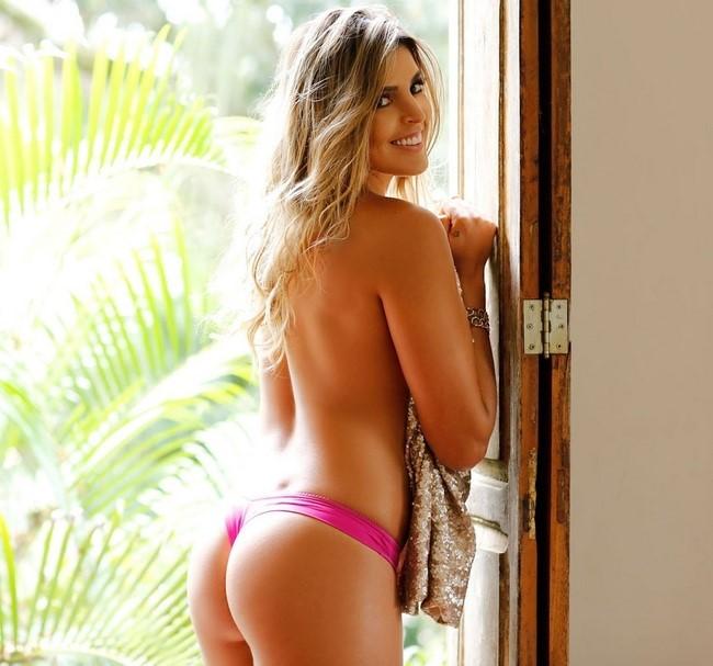 As atletas brasileiras gostosas que já posaram peladas