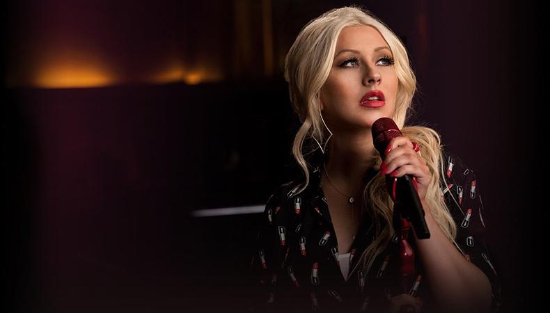 """Christina Aguilera libera """"Change"""", música em homenagem às vítimas do atentado em Orlando"""