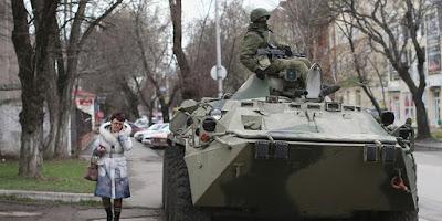 Rusia Siagakan Kendaraan Tempur di Dekat Perbatasan Ukrania