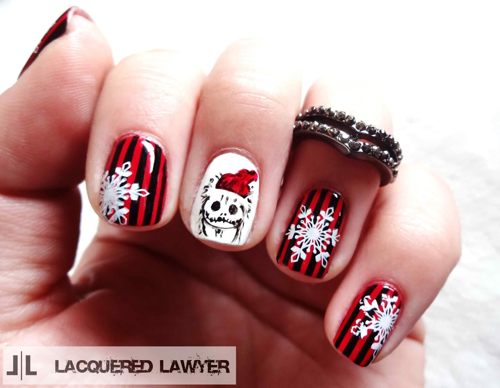 Sandy Claws Nails