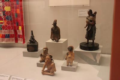 Figuras de La maternidad de los pueblos indígenas americanos