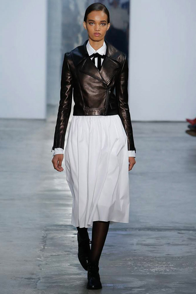 a880c221df camisa blanca, carolina herrera, new york fashion week, nyfw, desfile,  runway