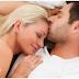 पति-पत्नी को सोने से पहले करने चाहिए ये काम (Rules for Couples in bedroom)