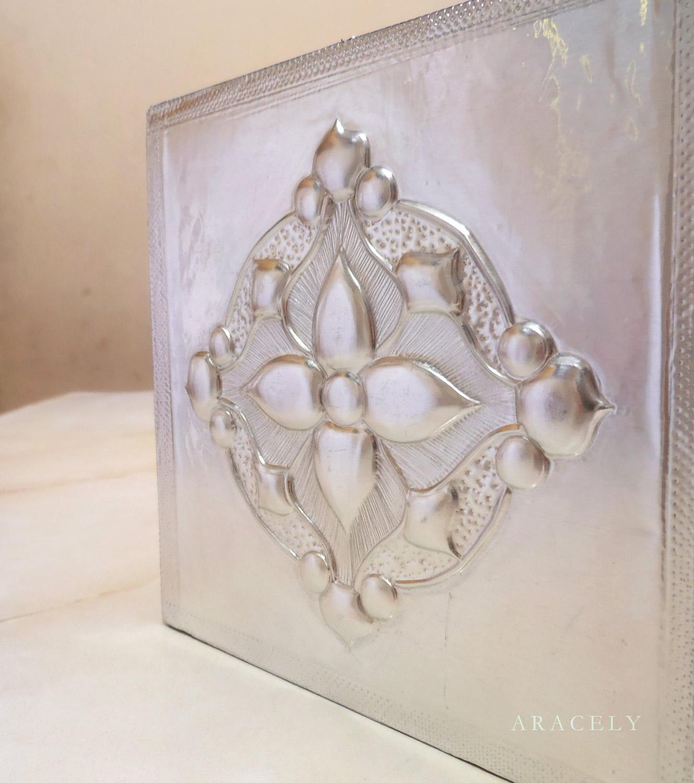 porta papel tisue repujado aluminio