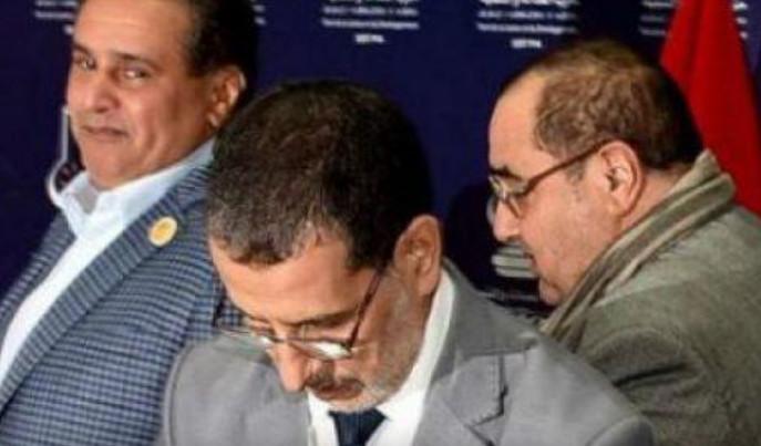 لشكر ينتقل للمحمدية لإقناع مستشاريه بالتصويت لمرشح اخنوش