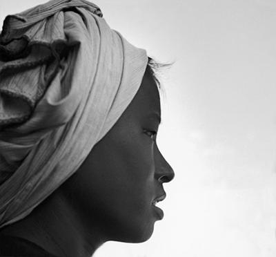 http://kvetchlandia.tumblr.com/post/147939376443/werner-bischof-hmong-woman-1952
